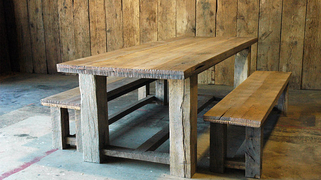 Sugar Creek Dining Table