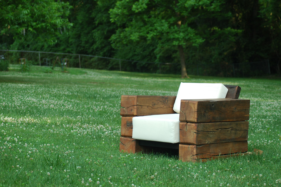 Echeverrian beam chair espresso products echeverrian for Barn wood salvage companies